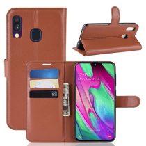 Samsung Galaxy A40 Notesz Tok Business Series Kitámasztható Bankkártyatartóval Barna